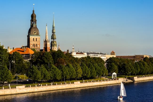 дешевые города европы виза в латвию